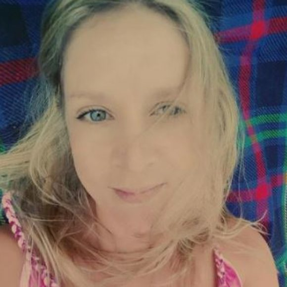 Profile picture of Amelia Thompson