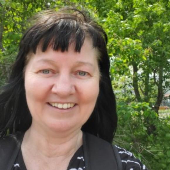 Profile picture of Christina