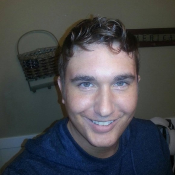 Profile picture of Derek Vickers