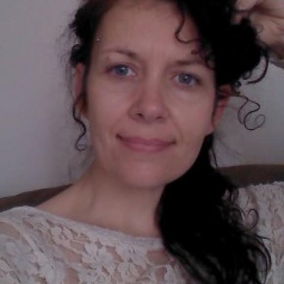 Profile picture of Elizabeth Sharp