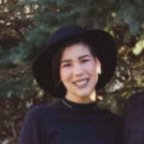 Profile picture of Ellie C.