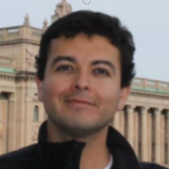Profile picture of Manuel Orozco