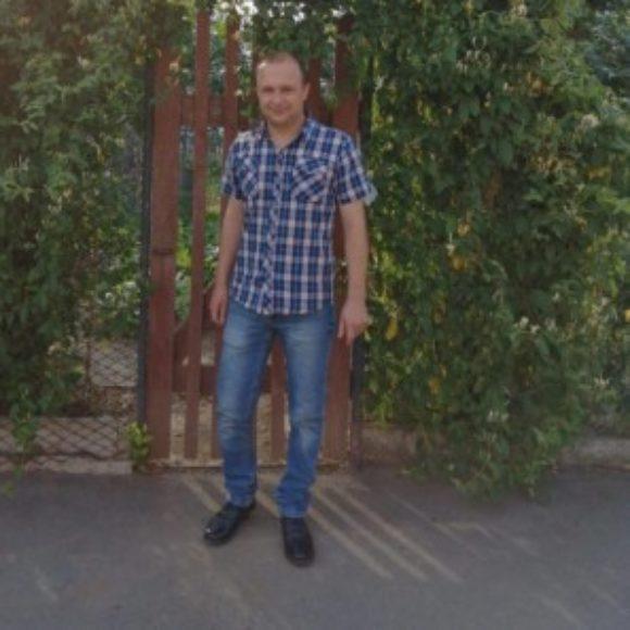 Profile picture of luchianadrian16@gmail.com instagram : luchianadrian1