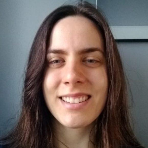 Profile picture of Emi
